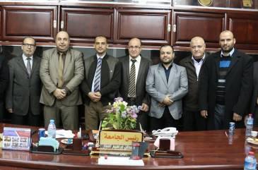 اتحاد الأطباء العرب يزور مقر جامعة الإسراء في غزة